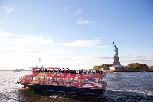 Ferry Cruise Hop On / Hop Off em Nova York Ingresso de 01 dia